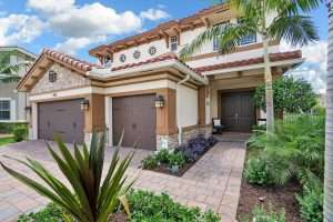 Estate Home in Mira Lago of Parkland Florida