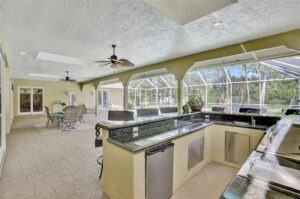 Beautiful Kitchen in Parkland