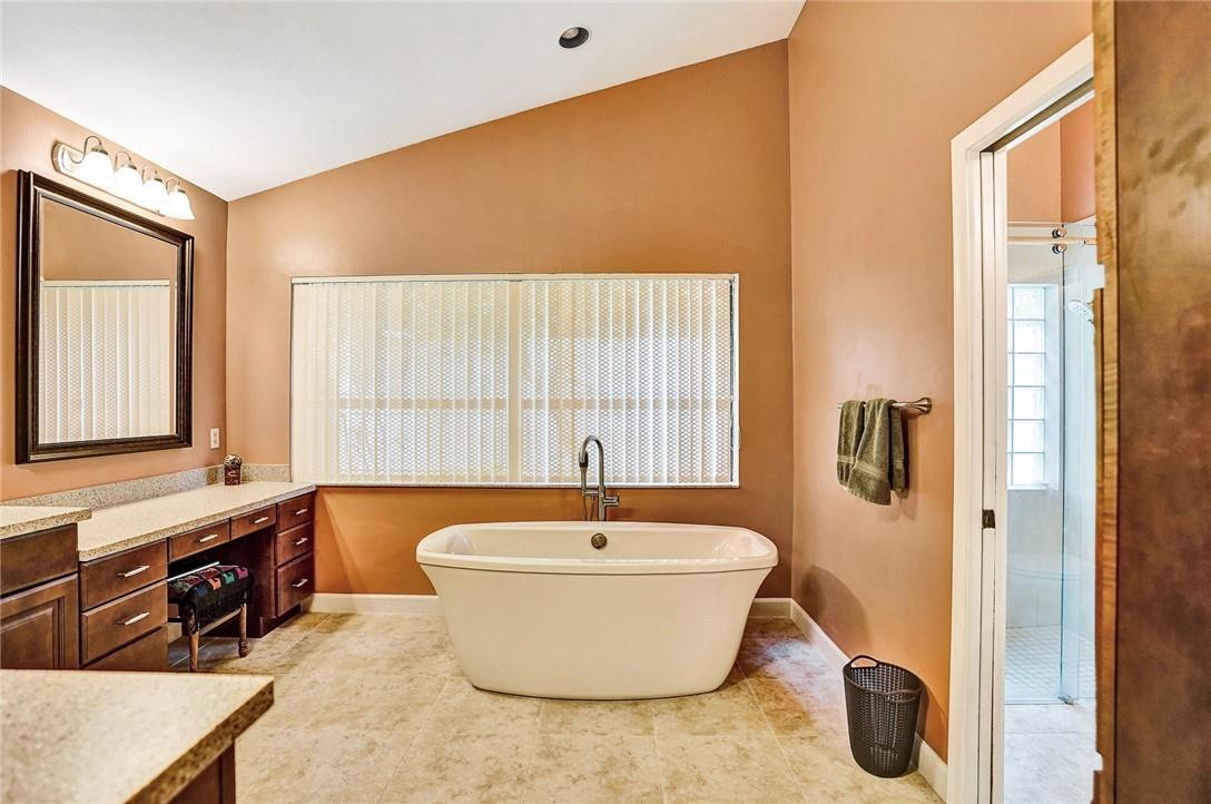 Master Bath Is Remodeled with a Roman Tub