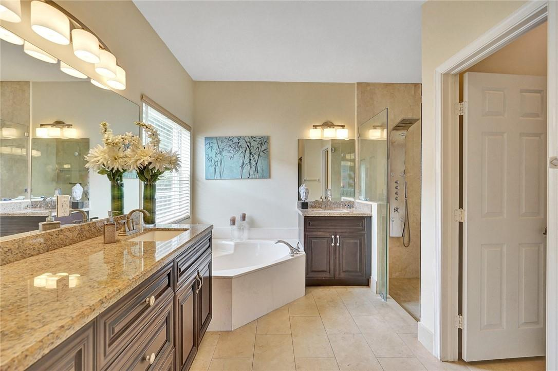 Aster Bathroom with Large Tub