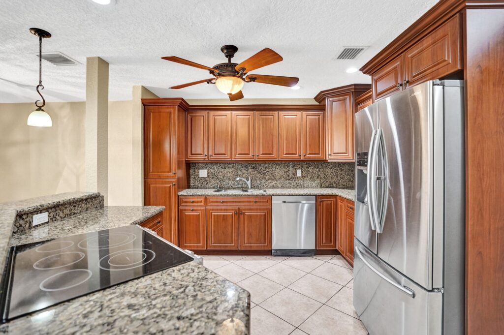 Updated Kitchen in Coral Springs