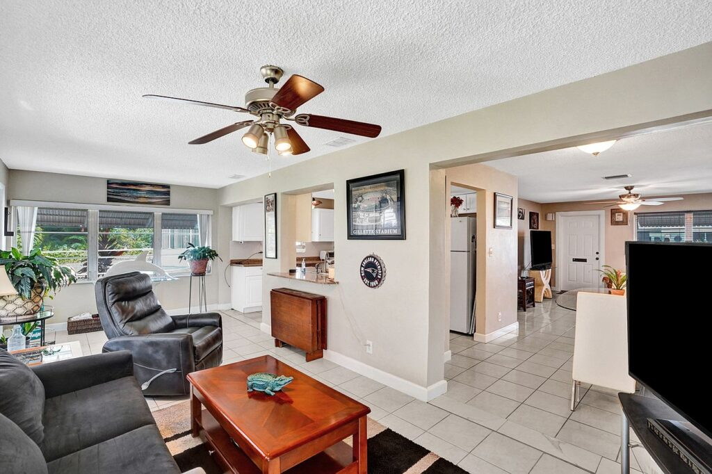 Light Tile Floors and Walls in Pompano Beach